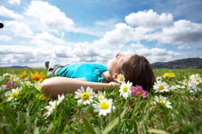 La nostra fisiologia crea la malattia per darci un feedback, per farci sapere che abbiamo una prospettiva sbilanciata o che in quel momento non proviamo amore o gratitudine.