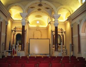 interno dell'auditorium dell'Assunta