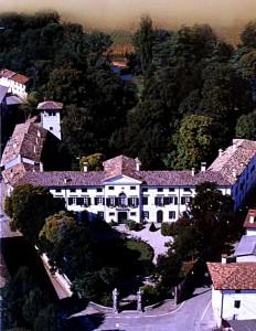 Villa di Tissano, sede del corso